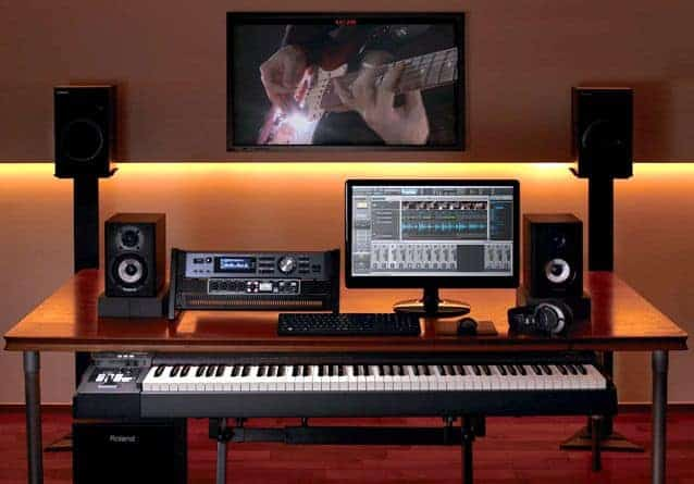 MUSIC PRODUCTION DESK